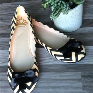 Fergalicious by FERGIE NWOT Striped Flats SZ 10
